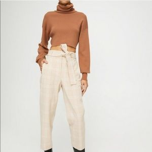 Aritzia Wilfred Jallade Tie Front Pant Check